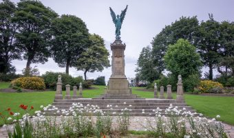 Photo of the Darwen War Memorial, Bold Venture Park, Darwen, Lancashire.