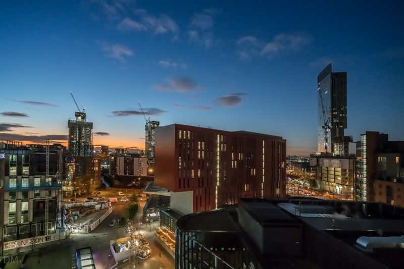 Photograph of Innside Manchester hotel and the Beetham Tower.