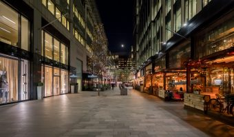 Photo of The Avenue at Spinningfields at night.